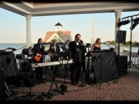 Mallard Island Yacht Club Wedding - John Parker Band 552