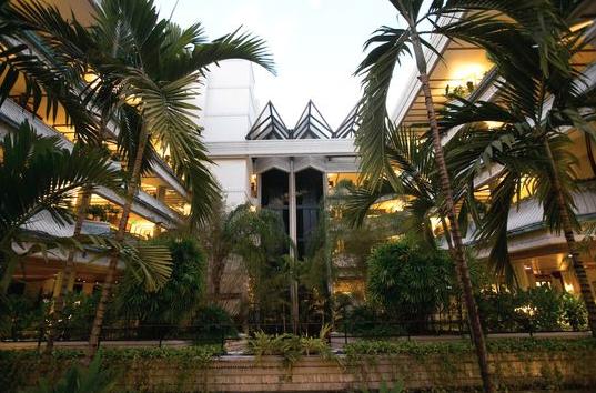 mayfair hotel spa coconut grove wedding raleigh. Black Bedroom Furniture Sets. Home Design Ideas