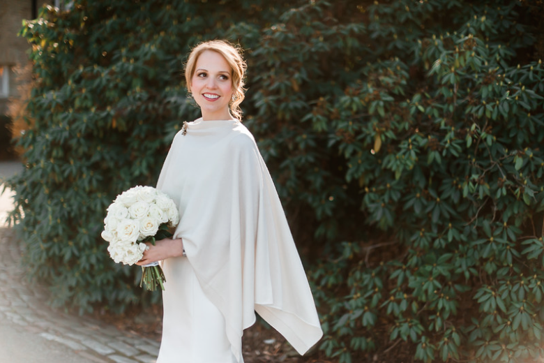 Longue Vue Club Wedding: Winter Bridal Ensemble