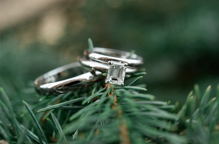 Longue Vue Club Wedding: Engagement Diamond and Wedding Band