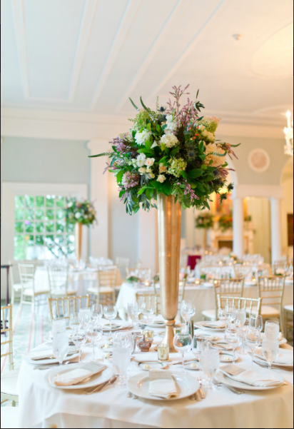 fox-chapel-golf-club-pittsburgh-dramatic-floral-table-arrangments