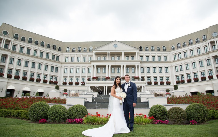 Nemacolin Woodlands Pittsburgh Wedding Couple Outside Reception