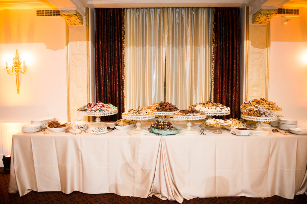 William Penn Wedding Cookie Table